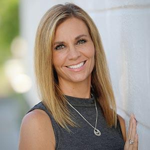 Lori Highlander
